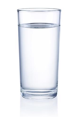 Κάνει καλό το πολύ νερό;