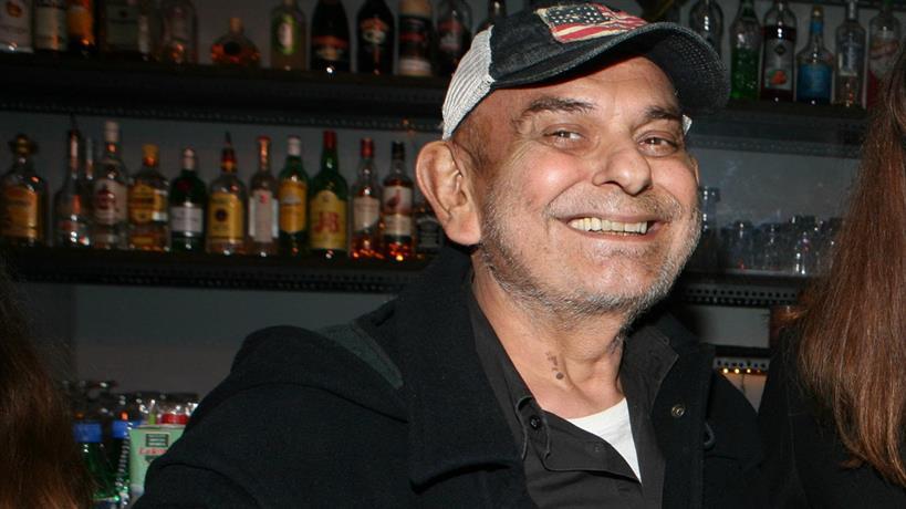 Σάκης Μπουλάς: Τα blogs μεταδίδουν τον... θάνατό του