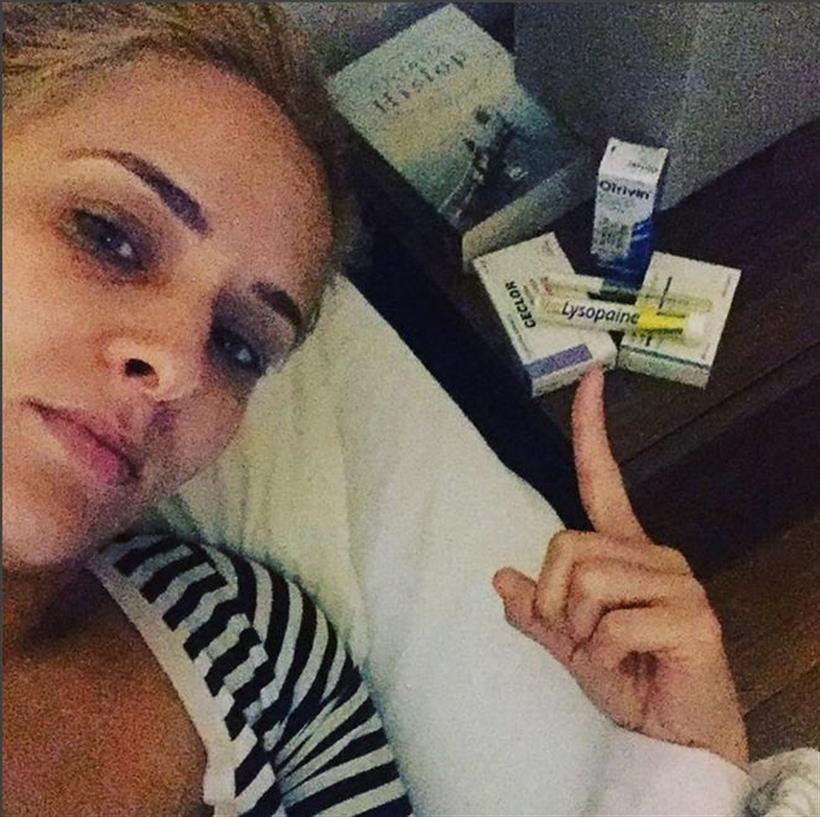 Η ξανθιά Ελληνίδα παρουσιάστρια αρρώστησε και έχει τα νεύρα της!