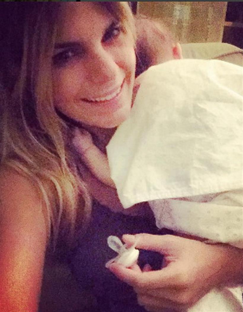 Νατάσα Σκαφιδά: Η πιο γλυκιά φωτογραφία αγκαλιά με το νεογέννητο