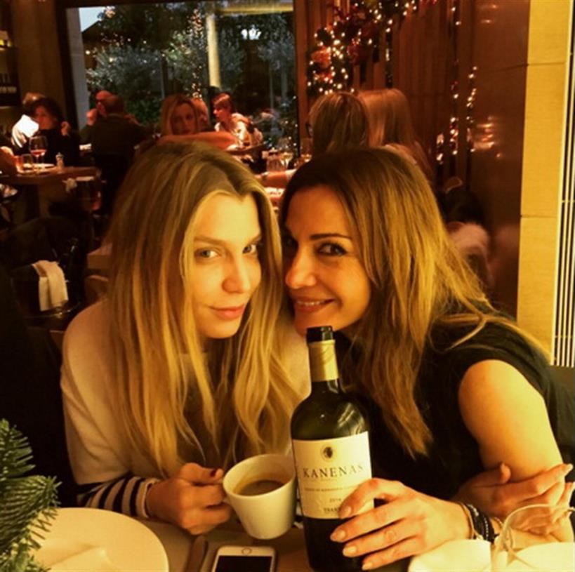 Δέσποινα Βανδή: Βραδινή έξοδος στη Θεσσαλονίκη