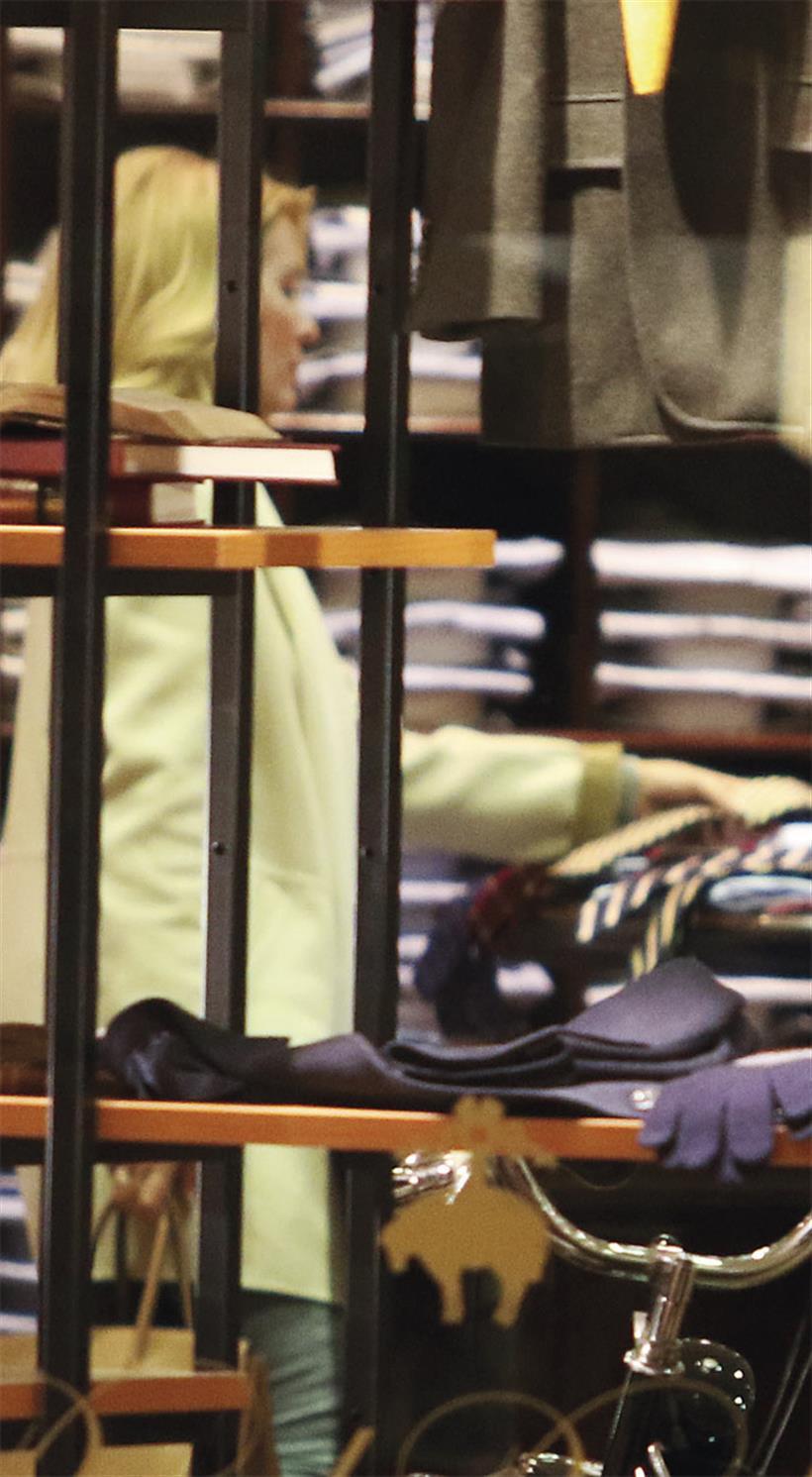 Ελένη Μενεγάκη: Το δώρο στον Μάκη! - Φωτογραφία