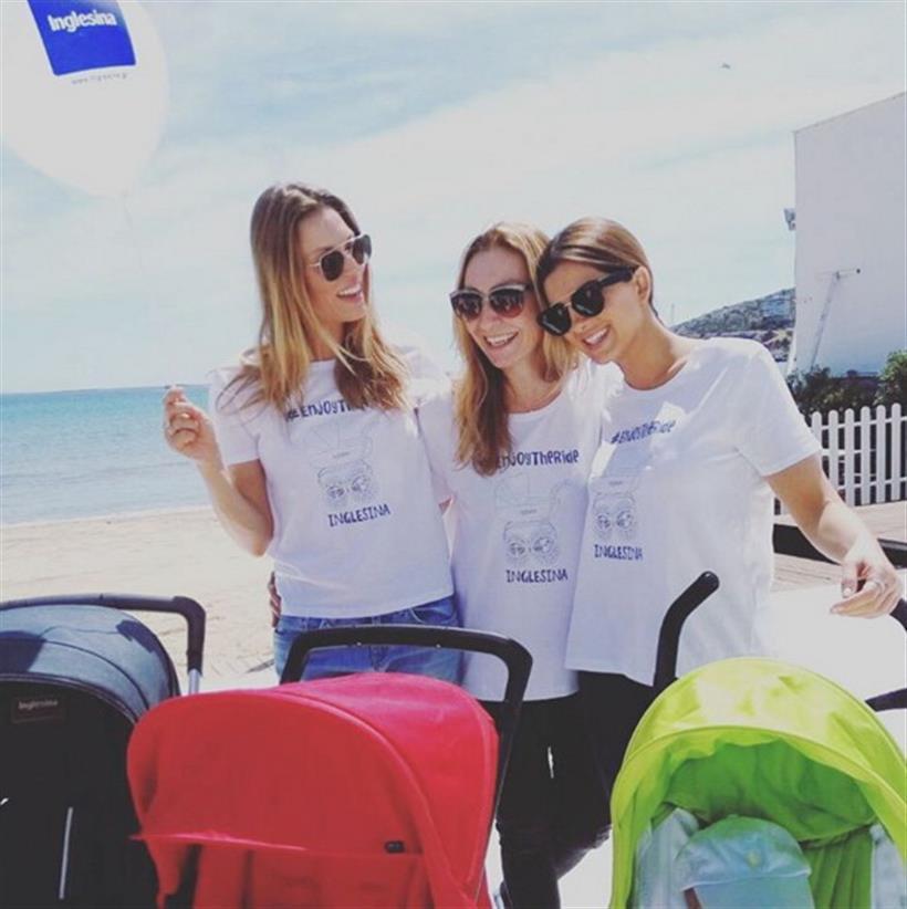 Οι μανούλες της Ελληνικής showbiz στην παραλία με τα μωράκια τους!